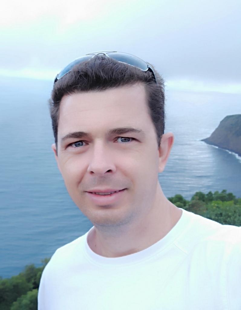 Profile picture of Adriano Serckumecka